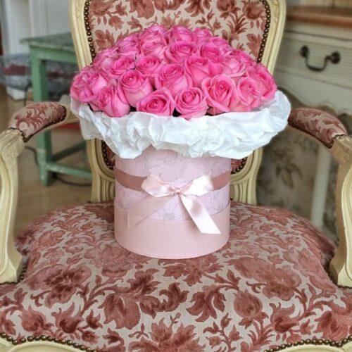 Купить в Харькове Коробка роз №81