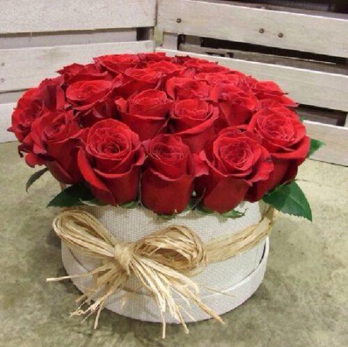 Купить в Харькове Коробка роз №84