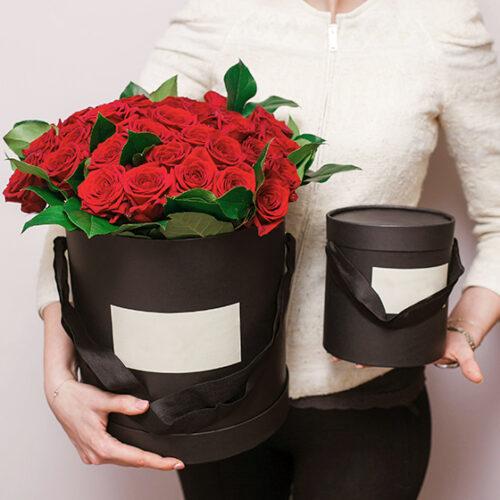 Коробка роз №77
