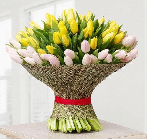 Купить в Харькове 101 тюльпан