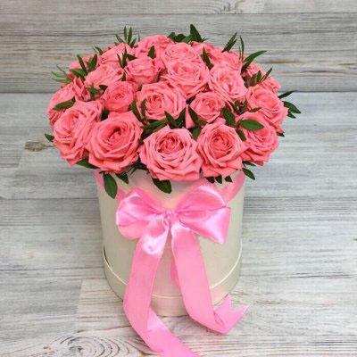 Купить в Харькове Коробка роз №128