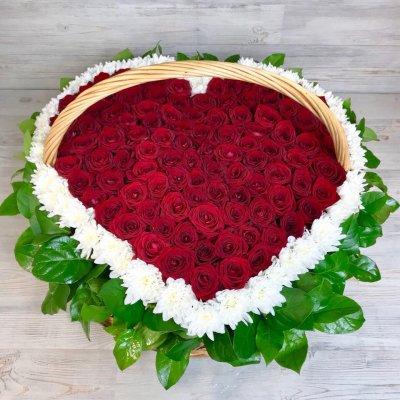 Купить в Харькове Корзина роз №104