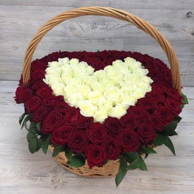 Купить в Харькове Корзина роз №90