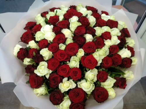 Купить в Харькове Букет роз №139